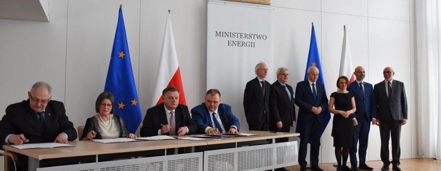 Politechnika Warszawska Liderem Polskiego Konsorcjum Elektrochemicznego Magazynowania Energii PolStorEn!